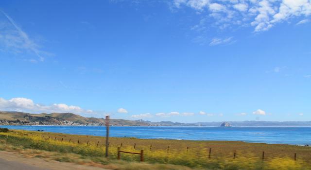 Morro Bay kaukaa.