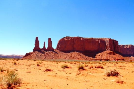 kivipystejä monument valleyssa