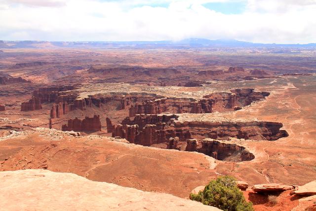 Äkkisyvää kanjonia Canyonlandsissa.