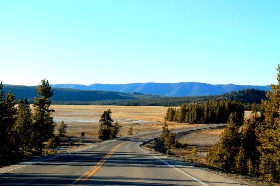 Tie lounais-Yellowstonessa.