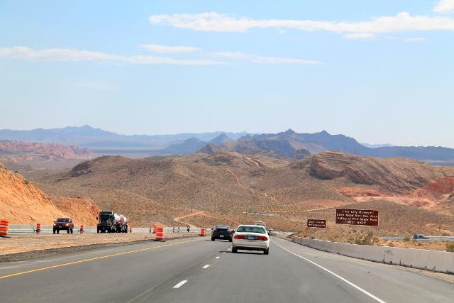 Tie Nevadassa.