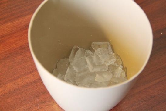 Motelleissa on usein ilmainen jääpala-automaatti, joten kylmäkassiin saa kätevästi aamuisin jäitä.