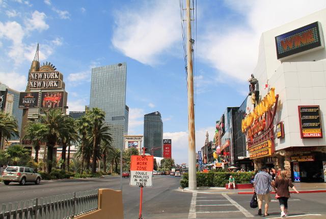 Eteläisempää Las Vegas Boulevardia.