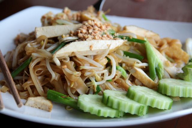 Pad Thai jossain saaren ravintoloista.