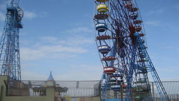 Maailmanpyörä barcelonalaisella kukkulalla jotain kymmenen vuotta sitten kun kävin siellä viimeksi.