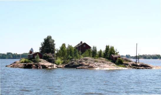Varmasti moneen albumiin ikuistettu pieni saari Helsingin edustalla.