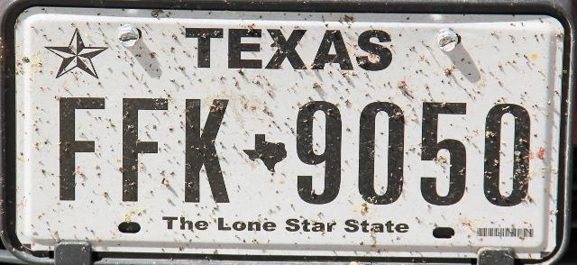 Tylsempi Texas-rekkari, jossa on paljon siihen törmänneitä hyönteisiä.