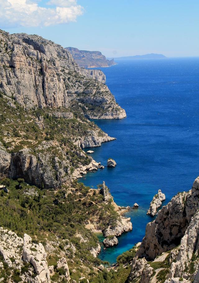 Calanquesin rantaviivaa Cassisiin päin.