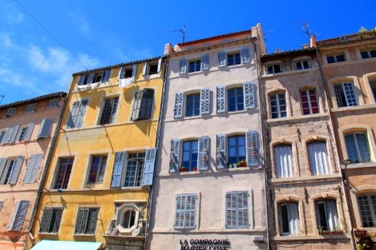 Marseillen taloja.