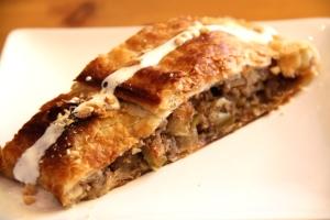 Princesa do Castelossa omenastruudeli oli ainoa leivos. Jättäisin pinnan vähemmän paahtuneeksi, jotta struudeli olisi mehevämpi.