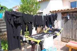 AirBnb -vuokralaisina voi päästä käyttämään asukkaiden pyykinpesukonetta ja siten on kotoisampaa.