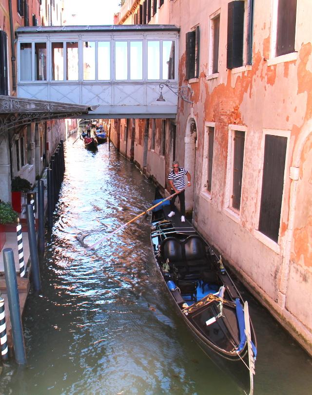 silta ja gondoli venetsiassa