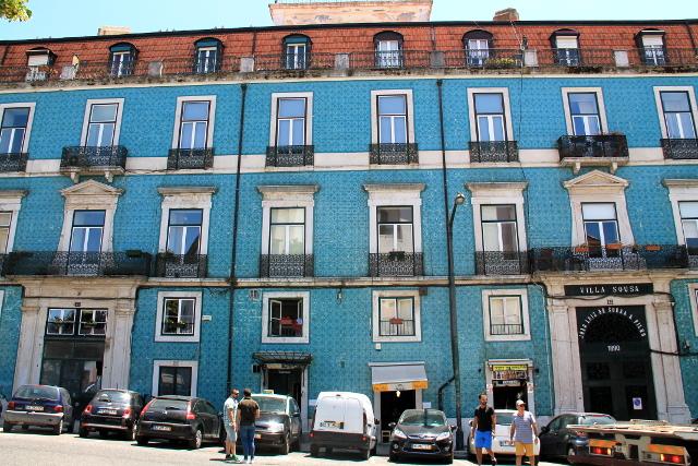 sinikaakelinen talo