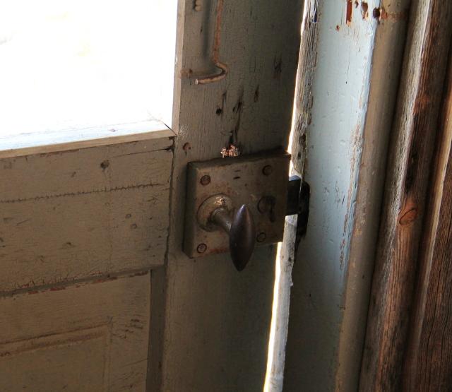 mökin ovi