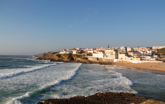 Praia das Macasin ranta Sintra-Cascaisin luonnonpuistossa Portugalin lähellä.
