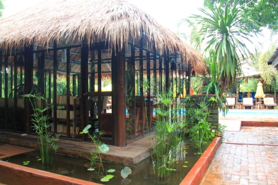Baanpong Lodge.