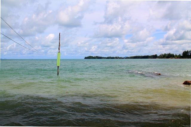 Nousuvesi Time for Limen edustalla Klong Daon rannalla.