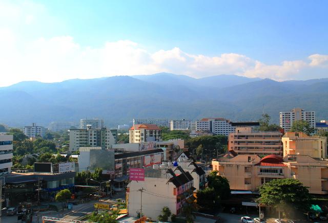Syksyn aikana sain viettää aikaa rakkaassa Chiang Maissa. Tässä näkymä Suthep-vuoren suuntaan.