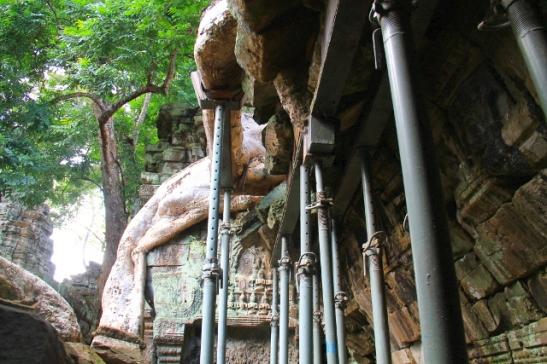 temppelin-tukipilarit