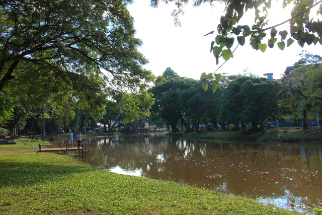 Tonlé Sap -joki päivällä.