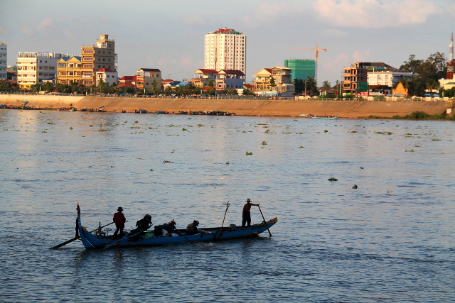 vene-joessa-phnom-penh