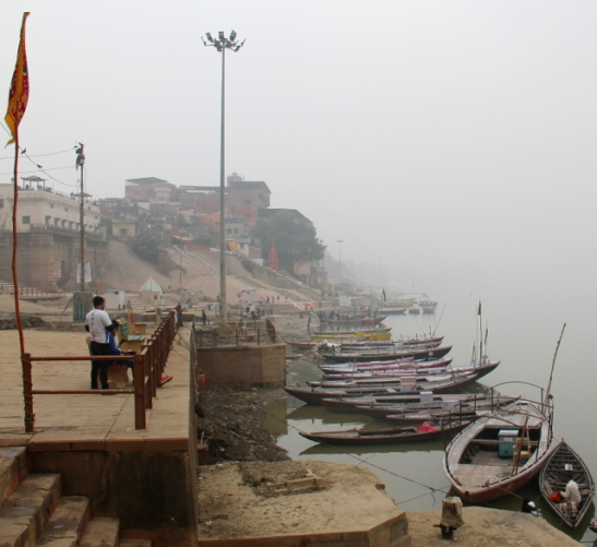 varanasi-waterside