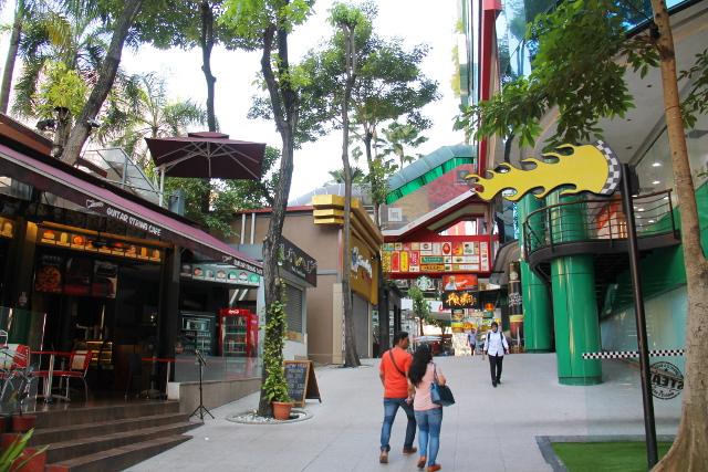 Viihdyin Bukit Bintangissa, mutta kartattomuuden ja katutöiden takia olin aika sekaisin suunnista.