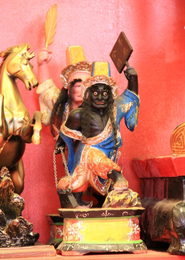patsas-kiinalaistemppelissa-2